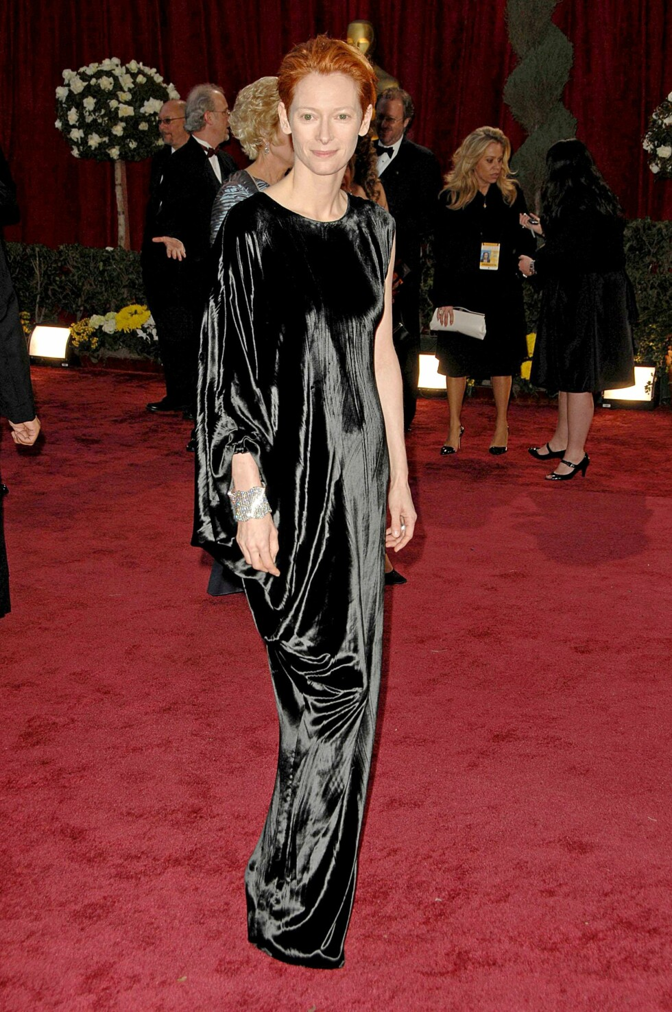 Tilda Swinton (wearing a Lanvin gown) at arrivals for RED CARPET - 80th Annual Academy Awards Oscars Ceremony, The Kodak Theatre, Los Angeles, CA, February 24, 2008. Photo by: David Longendyke/Everett Collection Foto: David Longendyke/Everett Collection                                                                 /All Over Press
