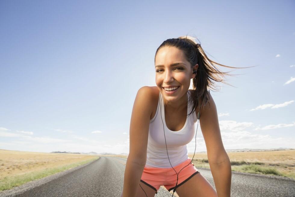 LYKKEHORMON: Når du trener frigjøres endorfiner i kroppen, som i tillegg til å redusere smerter og spenninger, også gir en følelse av velbehag. Foto: (c) Mike Kemp/Blend Images/Corbis/All Over Press