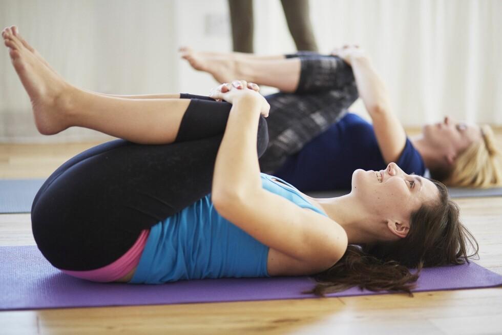 STRESS NED: Yoga handler mye om avspenning og riktig pusteteknikk, og kan fungere for mange. Men det viktigste er å finne en treningsform du liker. Foto: (c) Liam Norris/Corbis/All Over Press