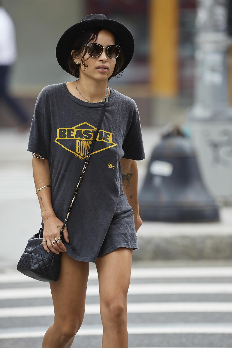 Zoe er datter av rocke-legenden Lenny Kravitz, og hun har den rocka looken i blodet.  Foto: All Over