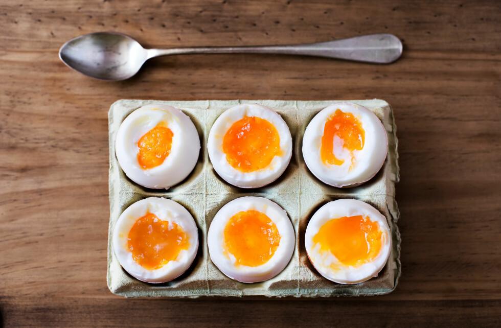 METTENDE: De fleste av oss tåler godt å spise et egg om dagen, sier ernæringsfysiologen.  Foto: Alvaro German Vilela - Fotolia