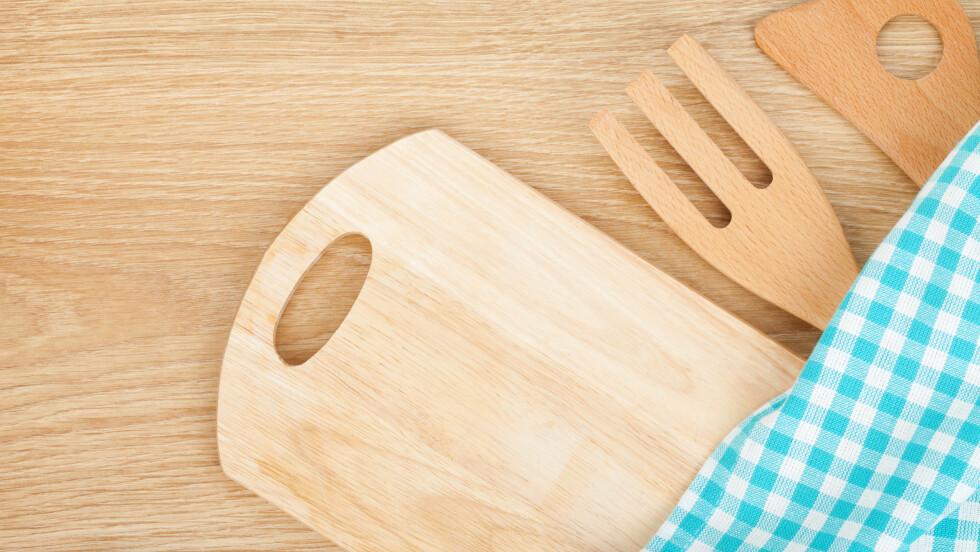 KJØKKENREDSKAPER I TRE: Det er enkelte ting du ikke bør vaske i oppvaskmaskinen, og kjøkkenredskaper i tre er noen av dem.  Foto: karandaev - Fotolia