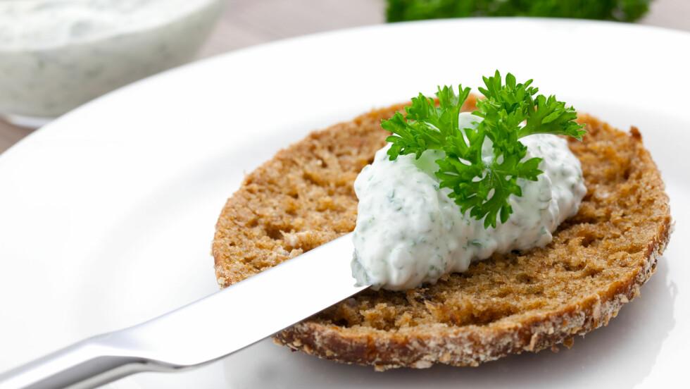 HJEMMELAGDE RUNDSTYKKER: Det smaker jo så godt, og når du lager de selv, kan de også bli langt sunnere! Her får du noen ab bloggernes beste tips til hvordan du får det til.  Foto: Corinna Gissemann - Fotolia