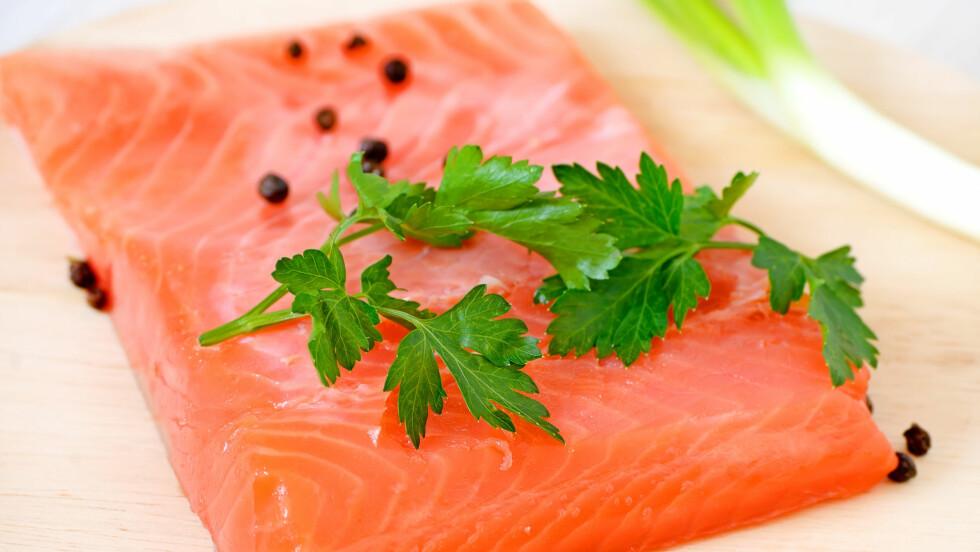SUNNE FETTSYRER: Laks er blant de beste kildene til omega 3, men det finnes flere, både andre fisketyper og i form av kosttilskudd. Foto: All Over Press