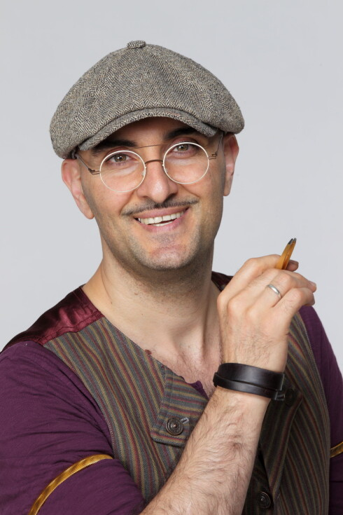 EKSPERTEN: Fred Hamelten er landets mest populære øyenbrynsstylist. Foto:  Studio 2 Egmont