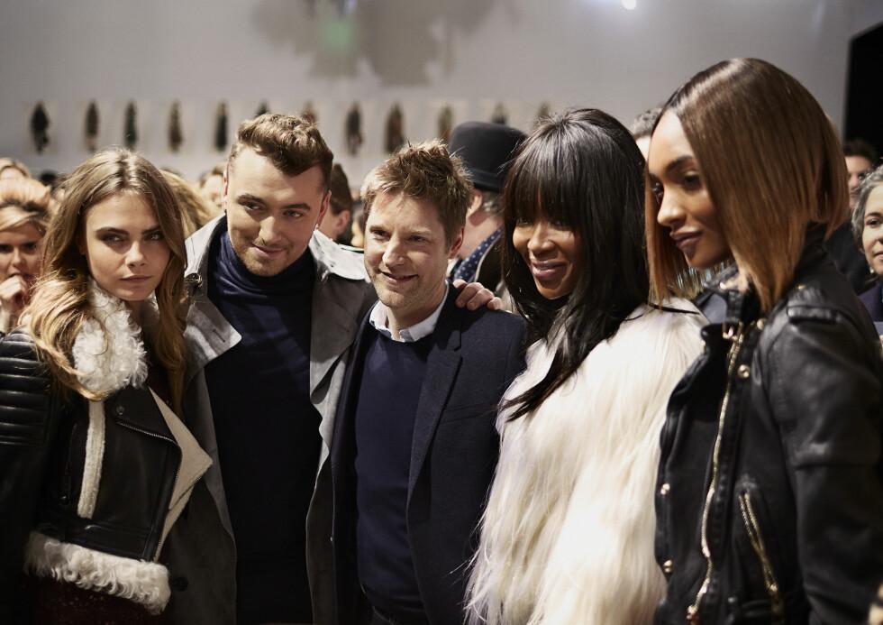 BURBERRY: Cara Delevingne, Sam Smith, Christopher Bailey, Naomi Campbell og Jourdan Dunn. Foto: Burberry