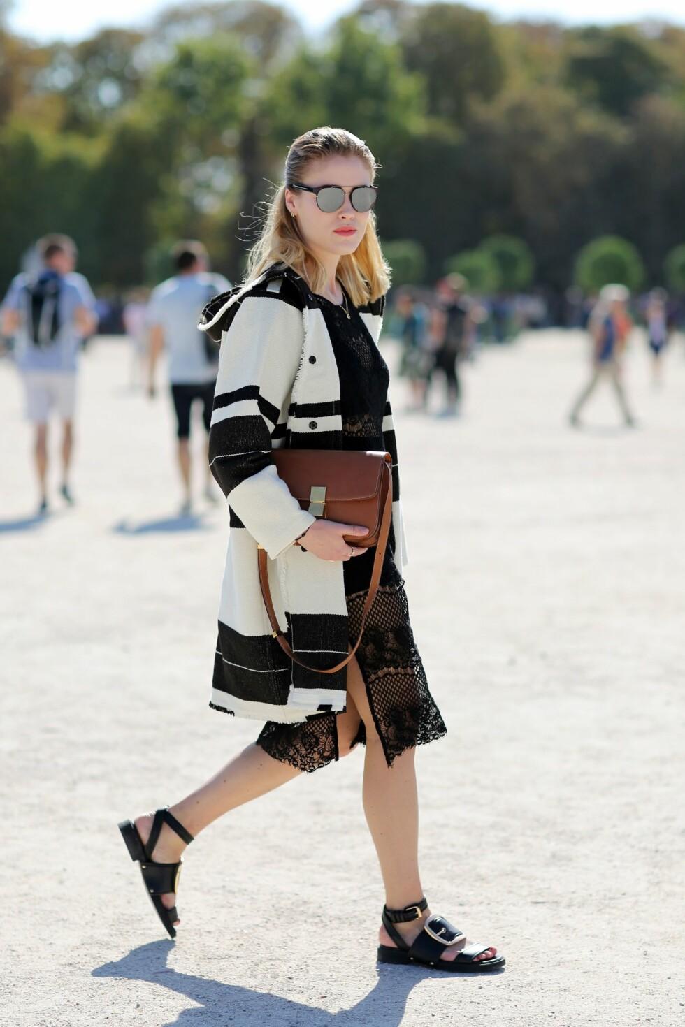 <strong>JAKKEN:</strong> Annabel Rosendahl tok i bruk stripetrenden under Paris Fashion Week i høst. Foto: Silvia Olsen/REX/All Over Press