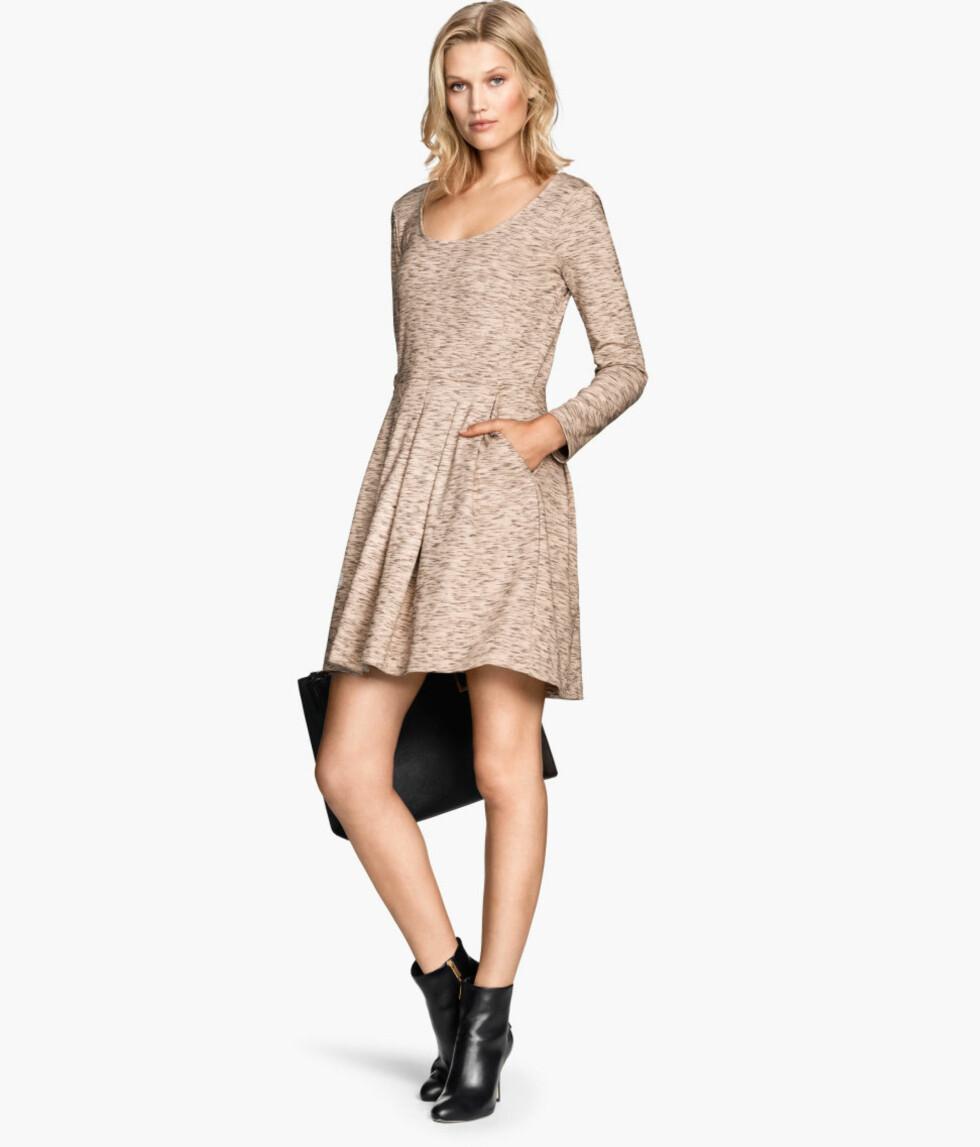 Kjole fra H&M, 299 kr. Foto: Produsenten.