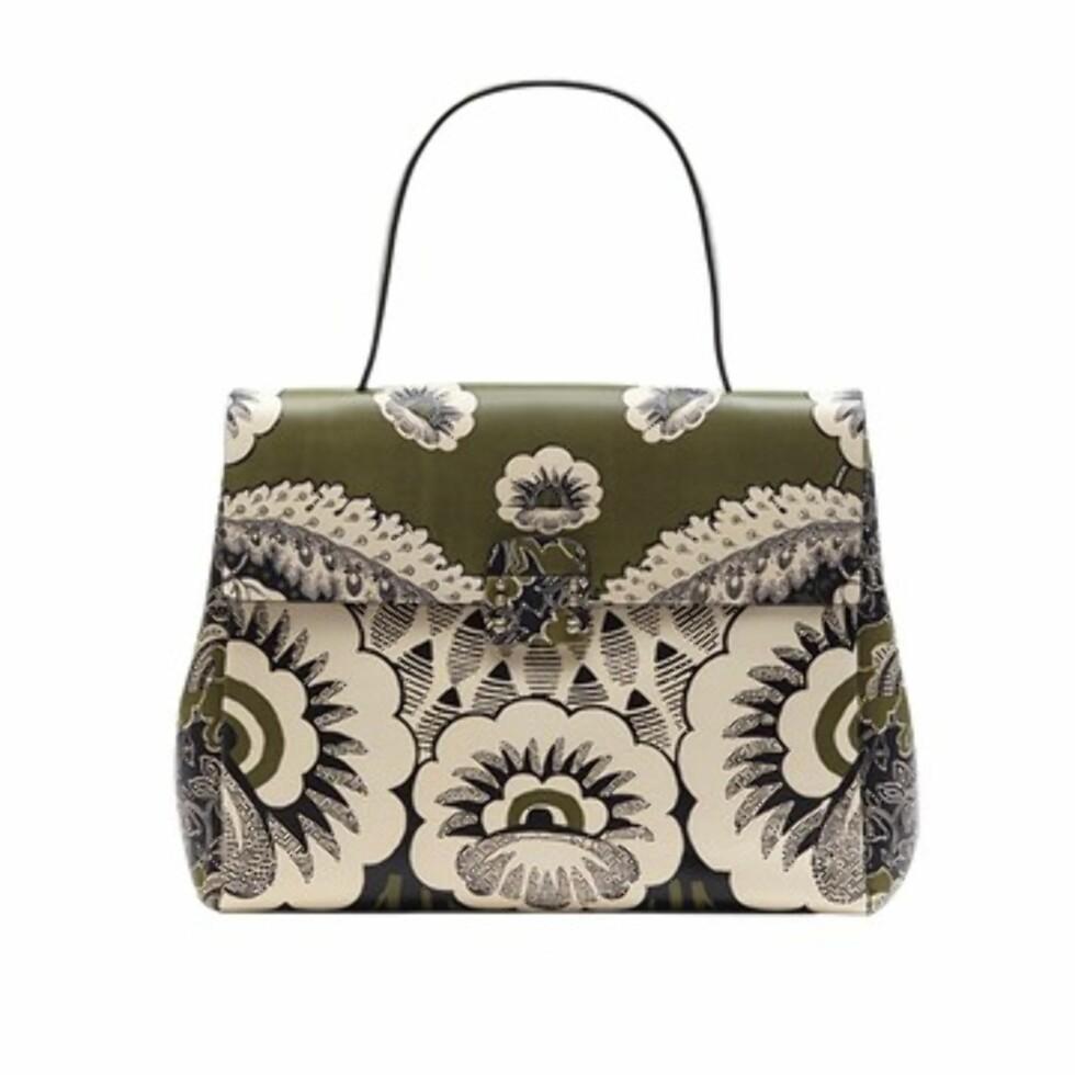 <strong>VALENTINO:</strong> Valentino Top Handle Bag. Foto: Vogue.com