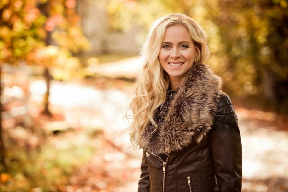 GÅR VIDERE: En gang måtte Lena lære seg å slappe av – nå er hun selv utdannet avspennings- og stressterapeut. Og hun driver NxtMe – en organisasjon for kvinner som har vært utsatt for incest.   Foto: Rickard L. Eriksson/ All Over Press