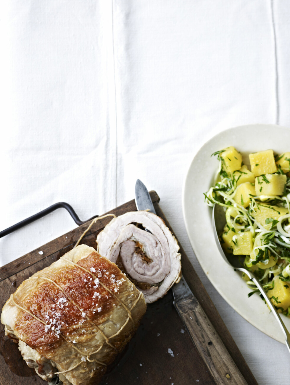 HJEMMEKOS: Rullestek er en kjempehit i hjemmet: Mormor-mat på den perfekte måten! Foto: All Over Press