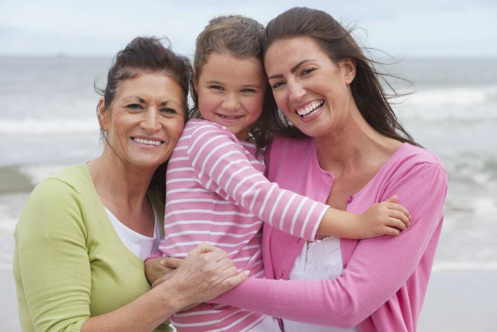 GENERASJONER: Noen sykdommer kan gå i arv i generasjoner. Det kan derfor være lurt å undersøke din families sykehistorie. Foto: REX/Juice/All Over Press
