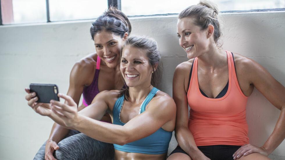 """VIS MUSKLER: Den nye trenden om å ta trenings/helsebilder har fått kallenavnet """"healthie""""... Foto: (c) BUCK Studio/Corbis/All Over"""