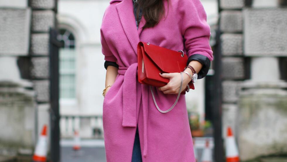 RØDT OG ROSA: Valentine's Day er en perfekt anledning til å kle deg i disse fargene.    Foto: All Over Press