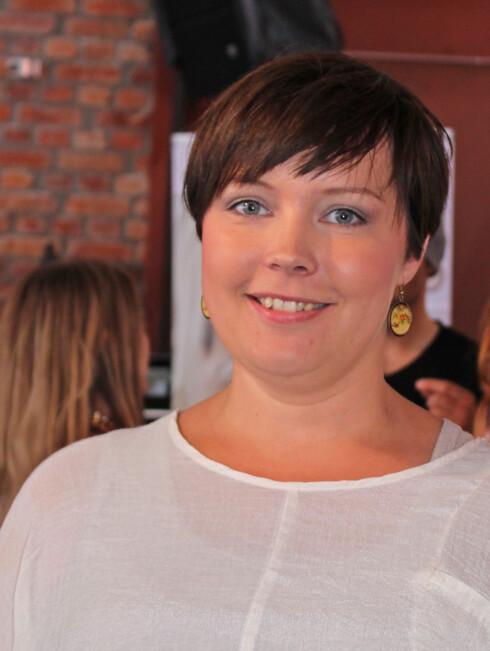 <strong>EKSPERTEN:</strong> Ingunn Stelander Skeie, er utdannet hudterapeut og produktsjef for makeup hos Cosmedic AS. Foto: Ronja Rognmo