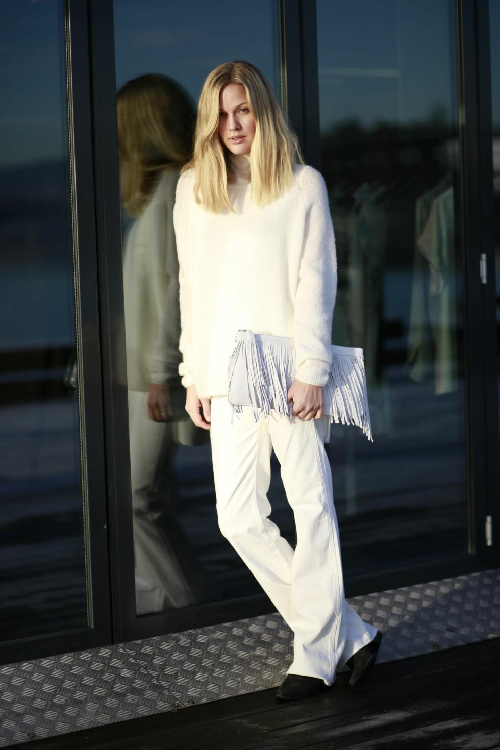HELHVITT: Maria fortsetter sommerens hvite trend også denne vinteren! Foto: Mariaskappel.no