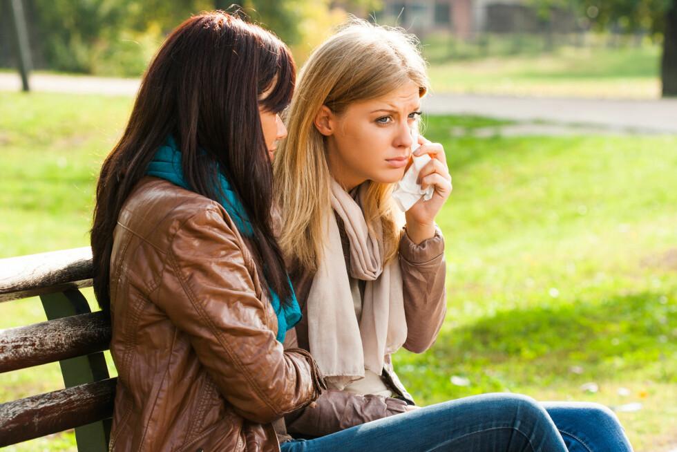VIKTIG Å LYTTE: Noe av det viktigste du kan gjøre dersom en kvinner som er misbrukt betror seg til deg er å være en god lytter å vise at du tror på alt hun sier Foto: inesbazdar - Fotolia