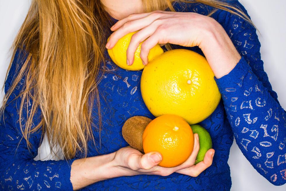 VITAMIN-C: I forkjølelsessesongen er det fint å få i seg masse vitamin-C. Det finner du i alt av sitrusfrukter, og i kiwi. Foto: REX/Garo/Phanie/All Over Press