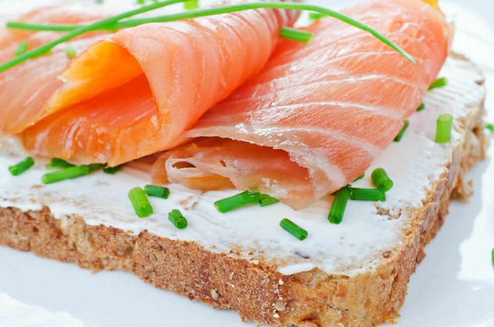 LAKS: Et godt alternativ er blant annet laks. Det er en rikelig kilde til både omega-3 fettsryer og vitamin D. Foto: Colourbox
