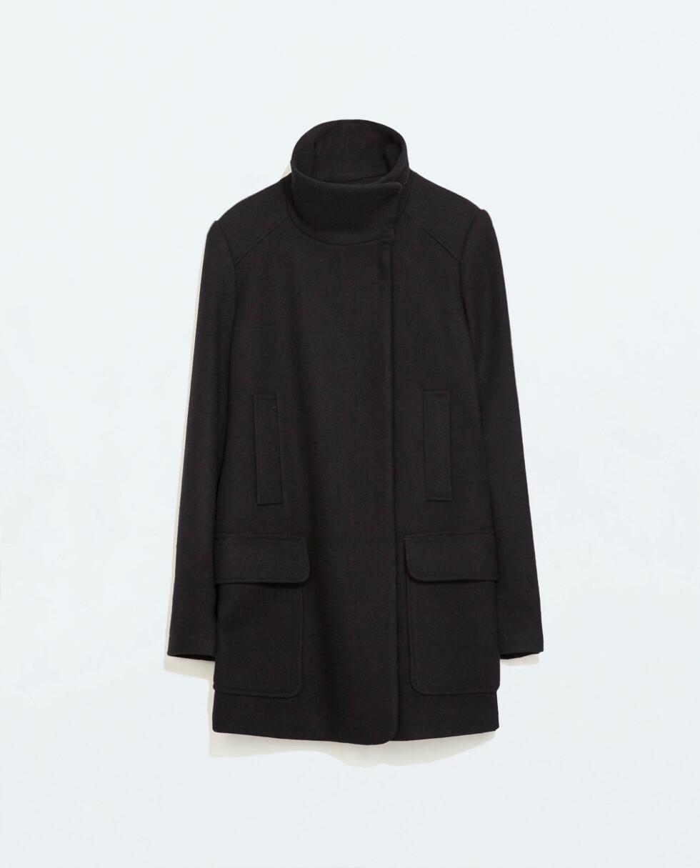 Kåpe i ull (kr 400, Zara).