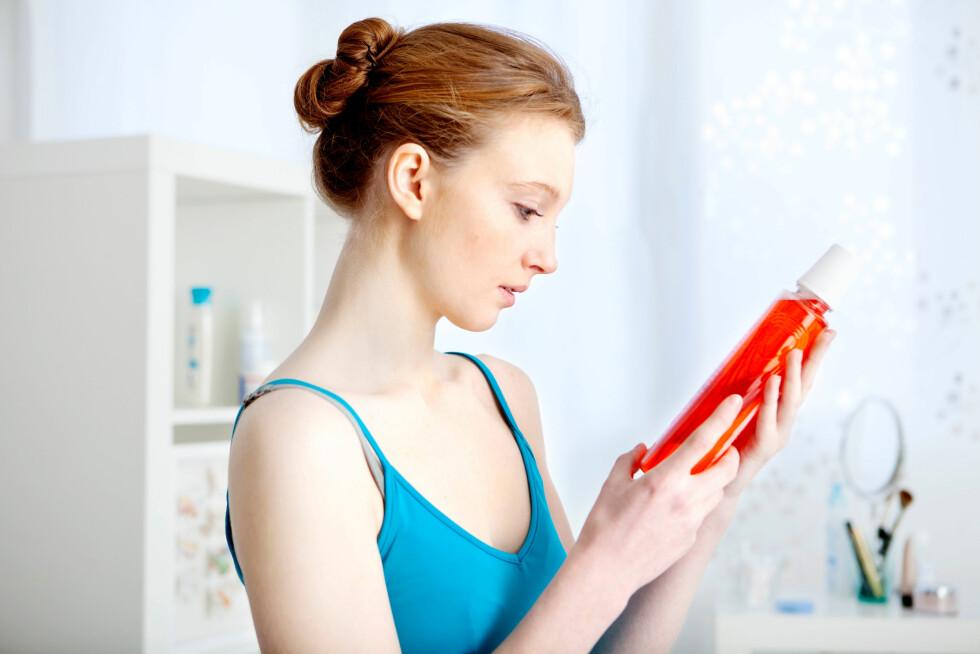FLUOR: Tannlegen anbefaler at du sjekker hvor mye Natriumflorid (NaF) munnskyllet innholder, og går for en med litt høyere innhold. Foto: BSIP SA / Alamy/All Over Press