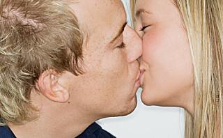 Så mange bakterier er det i et kyss