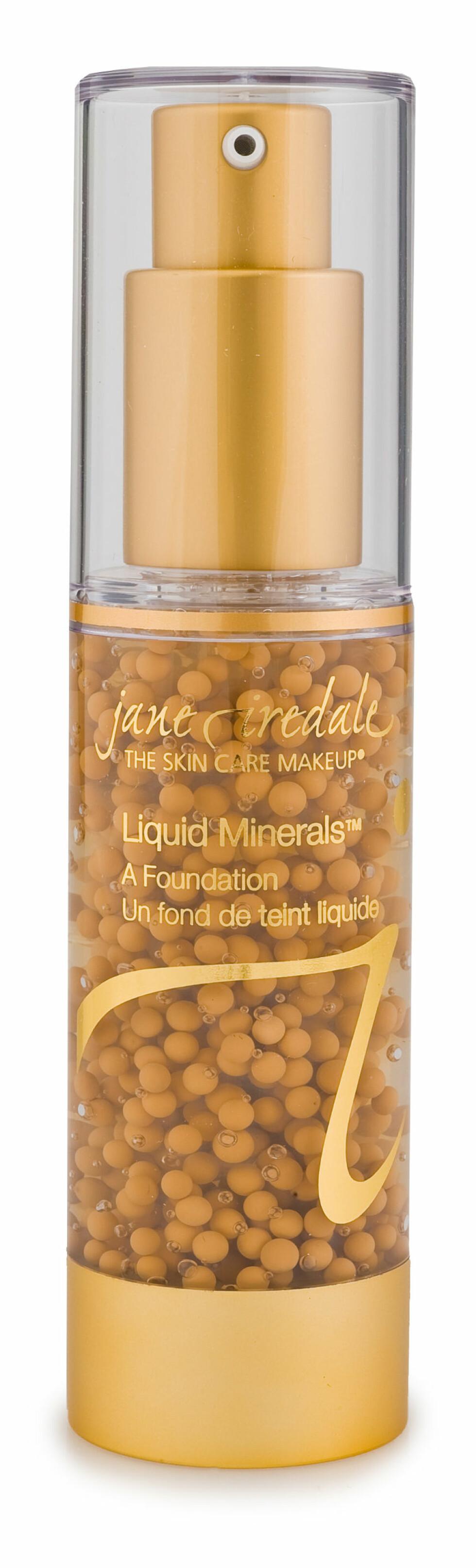 SKJULERFINE LINJER: LiQuid Minerals Foundation er oljefri mineralfoundation som gir jevn hudtone, minimerer fine linjer og porer, inneholder en rekke pleiende ingredienser og sitter godt (kr 450, Jane Iredale).   Foto: Produsenten