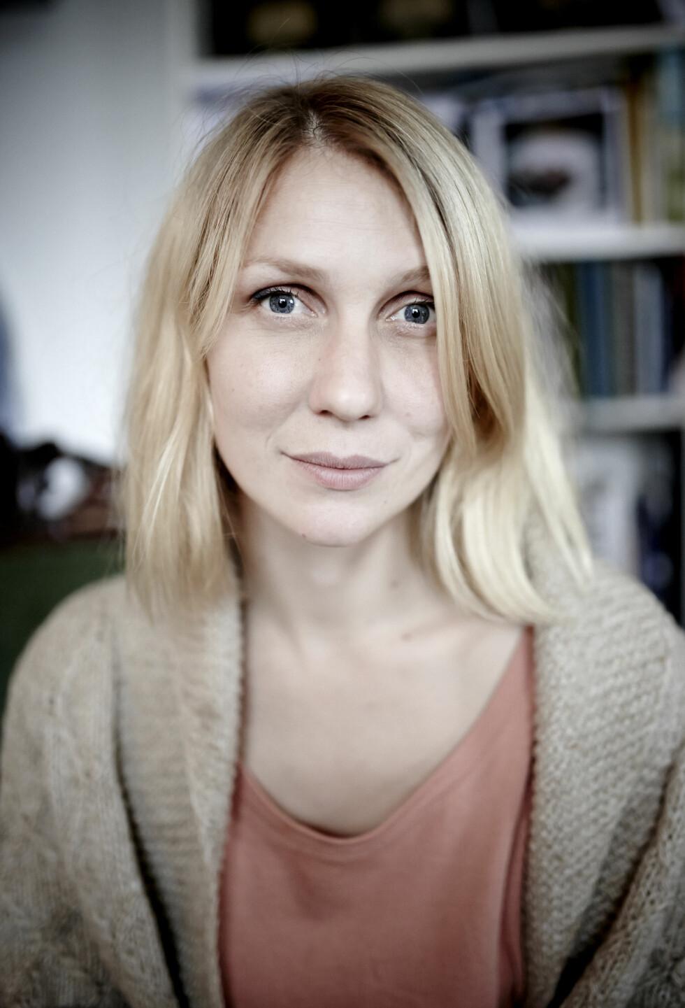 MAMMA: – Jeg må innrømme at jeg syntes det var krevende å få barn, sier Marie.  Foto: Geir Dokken
