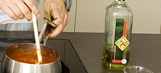 Ikke la olivenoljen stå ved komfyren