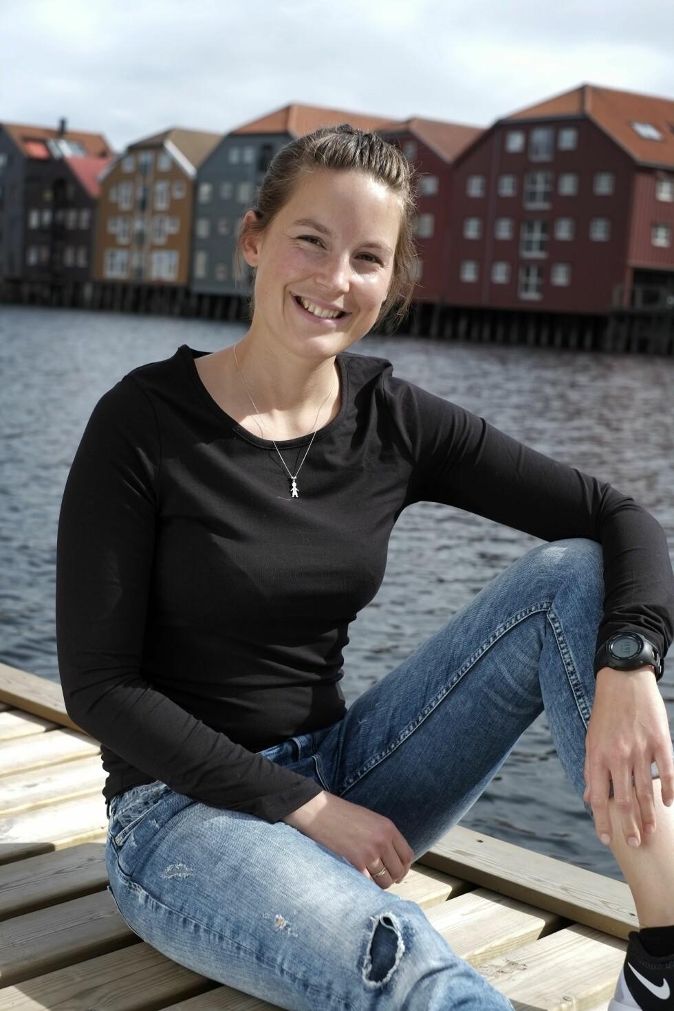 FRIVILLIG: Rita jobber som frivillig iIKS (Interessegruppa for Kvinner med Spiseforstyrrelser) i Trondheim. – Her hjelper jeg andre i samme situasjon. Det er godt å vite atman ikke er alene, sier hun.