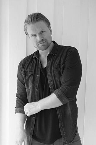 DATINGEKSPERT: Espen Korsvik er daglig leder i Dating Adventure og har spesialisert seg på å lære bort sjekkekunsten.  Foto: Privat