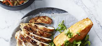 Grillet kylling med hummus-slaw