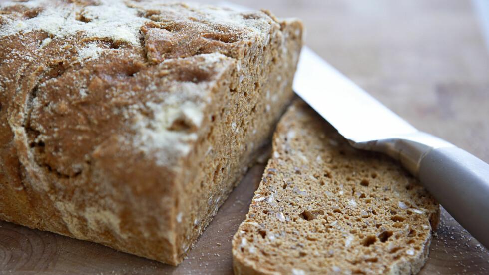 """<strong>SPISER MINDRE BRØD:</strong> Selv om Norge er kjent for å være en """"brød-nasjon"""", viser tallene at inntaket har gått ned. En årsak er at stadig flere velger knekkebrød.  Foto: Thinkstock.com"""