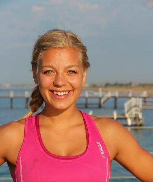 VIKTIG MED MAT: Personlig trener, samt kursleder i Grete Roede - Elise Hetlevik, synes det er viktig å få i seg næring før en treningsøkt Foto: KK