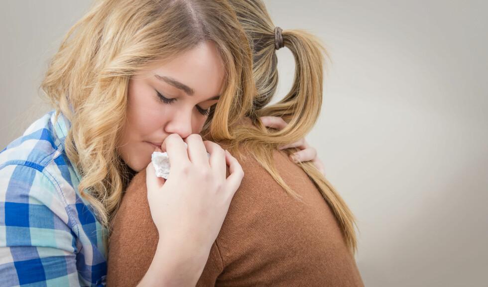 FÅ HJELP: Dersom du er deprimert bør du ikke sitte hjemme alene og synes synd på deg selv. Oppsøk hjelp fra en ekspert eller noen du er glad i.  Foto: doble.d - Fotolia
