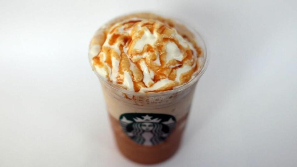 KNUSTE LUS: Jordbærfrappuccinoen til Starbucks (som ser ut som denne, bare at den er rød) er farget med knust lus - altså fargestoffet karmin.  Foto: All Over Press