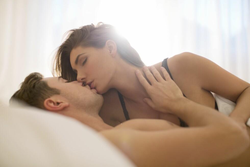 HÅP OM NOE MER: Det er ulike grunner for at man har one night stands, og din intensjon kan ha noe med hvorfor det oppstår følelser. Oppmerksomheten kan føles som en bekreftelse på at man er ettertraktet og begjært, og ut i fra dette kan sexen forveksles med trygghet.  Foto: REX/Caiaimage/All Over Press