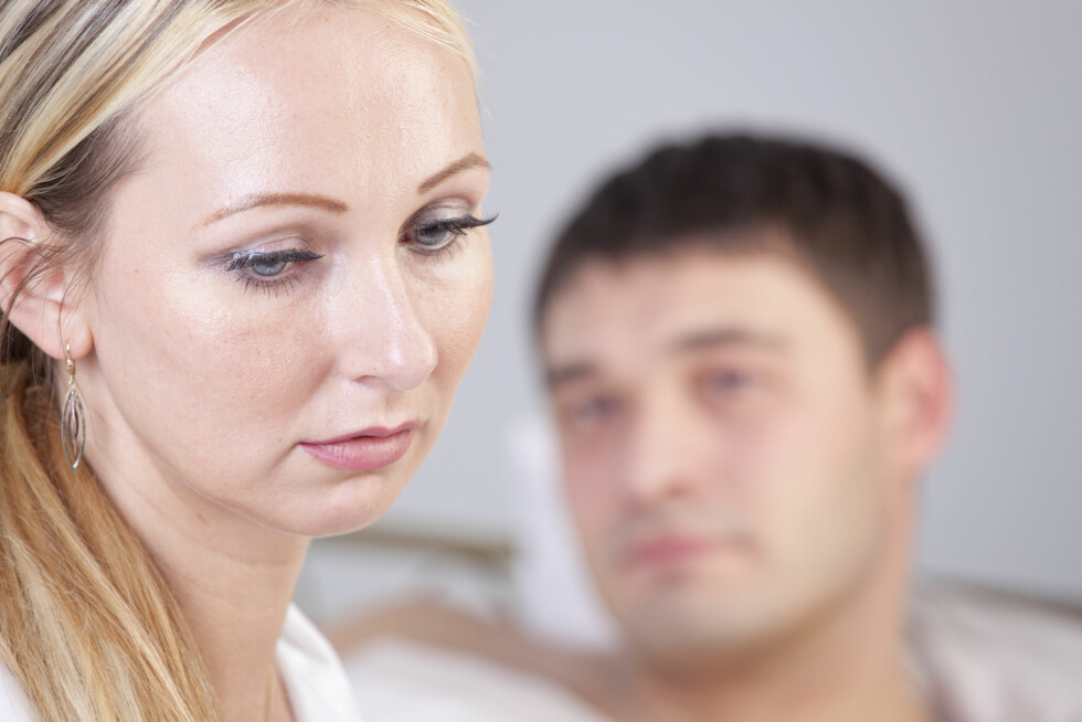 USIKKER PÅ SEG SELV: Årsaken til at mange har et anstrengt forhold til partnerens ekskjærester er at de er usikre på seg selv.  Foto: Photo_Ma - Fotolia