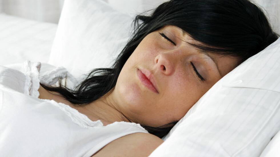 GÅ I SØVNE: De fleste av oss har en eller annen gang gått i søvne. Årsaken er ukjent, men det kan ifølge eksperten skyldes arv.  Foto: alco81 - Fotolia