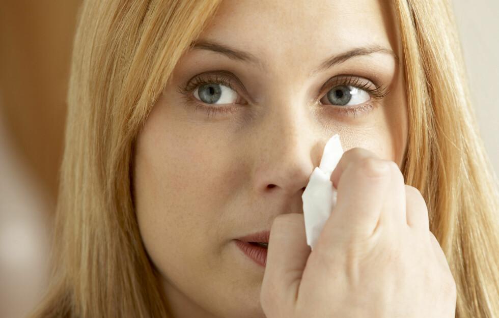 Å NEI: Kjenner du at en forkjølelse ulmer? Se hva du kan gjøre for å ta innersvingen på den! Foto: Colourbox