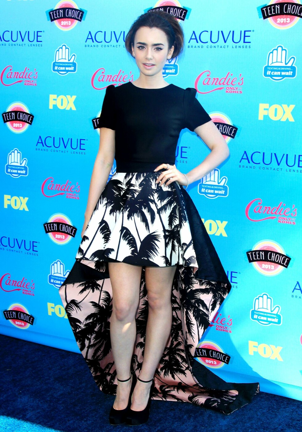 Lily Collins  Foto: All Over Press