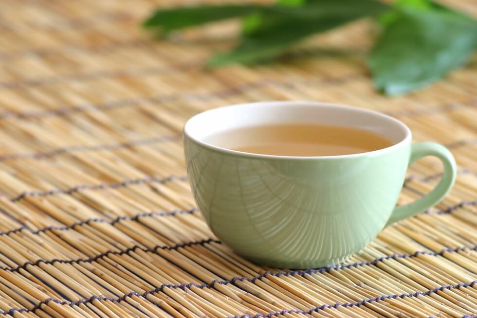 I TE: Dersom du har honning i kokende varm te vil næringsstoffene forsvinne og den mister sine positive egenskaper.  Foto: memo_frame - Fotolia