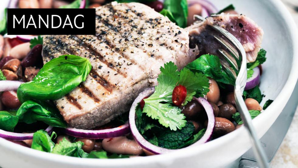 FRISK START: Begynn grilluken vi har planlagt for dere med disse deilige tunfiskbiffene! Foto: Columbus Leth