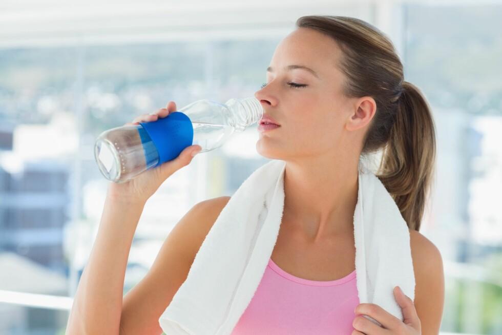 TRENING OG ALKOHOL: Er det så farlig om du tar et lite glass før trening? Ja, sier forskerne. Bare et glass påvirker prestasjonsevnen din. Foto: Thinkstock.com