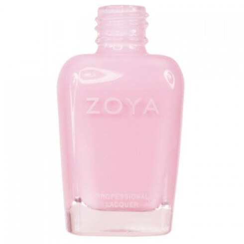 LYST ER SMART: Velger du en naturlig og lys farge, for eksempel Jessika fra Zoya (kr 169), vil det ikke være like synlig om lakken fliser av. Foto: Produsenten
