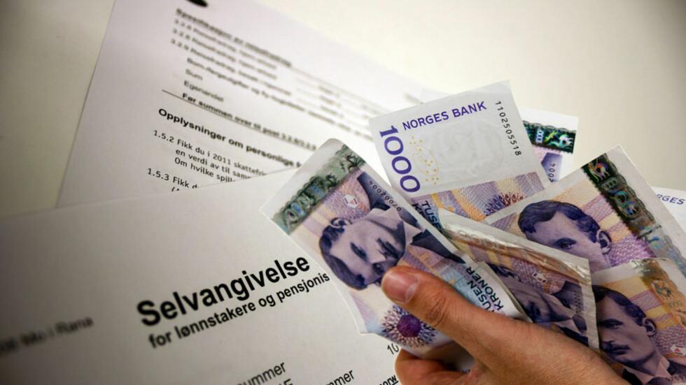 <strong>FÅR DU IGJEN?:</strong> Dersom du får igjen penger på skatten, er det nå i slutten av juni eller i august at de blir utbetalt.  Foto: Foto/Montasje: Per Ervland/Berit Njarga/Dinside.no