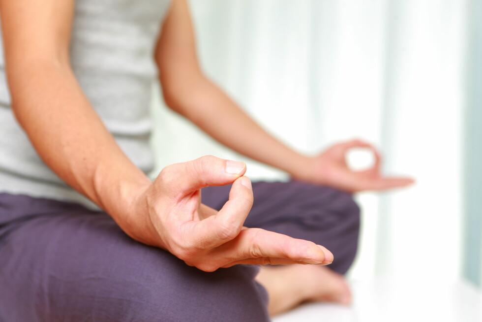 MEDITASJON: Meditasjon får oss inn i en mer våken tilstand med en større andel av bevissthet i hjernen.  Foto: jedi-master - Fotolia