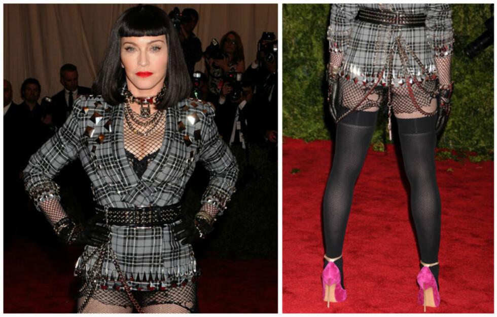 GALLAANTREKK? Madonna viste frem rumpeballene på årets største motefest i Hollywood, Met-galla. Foto: All Over Press