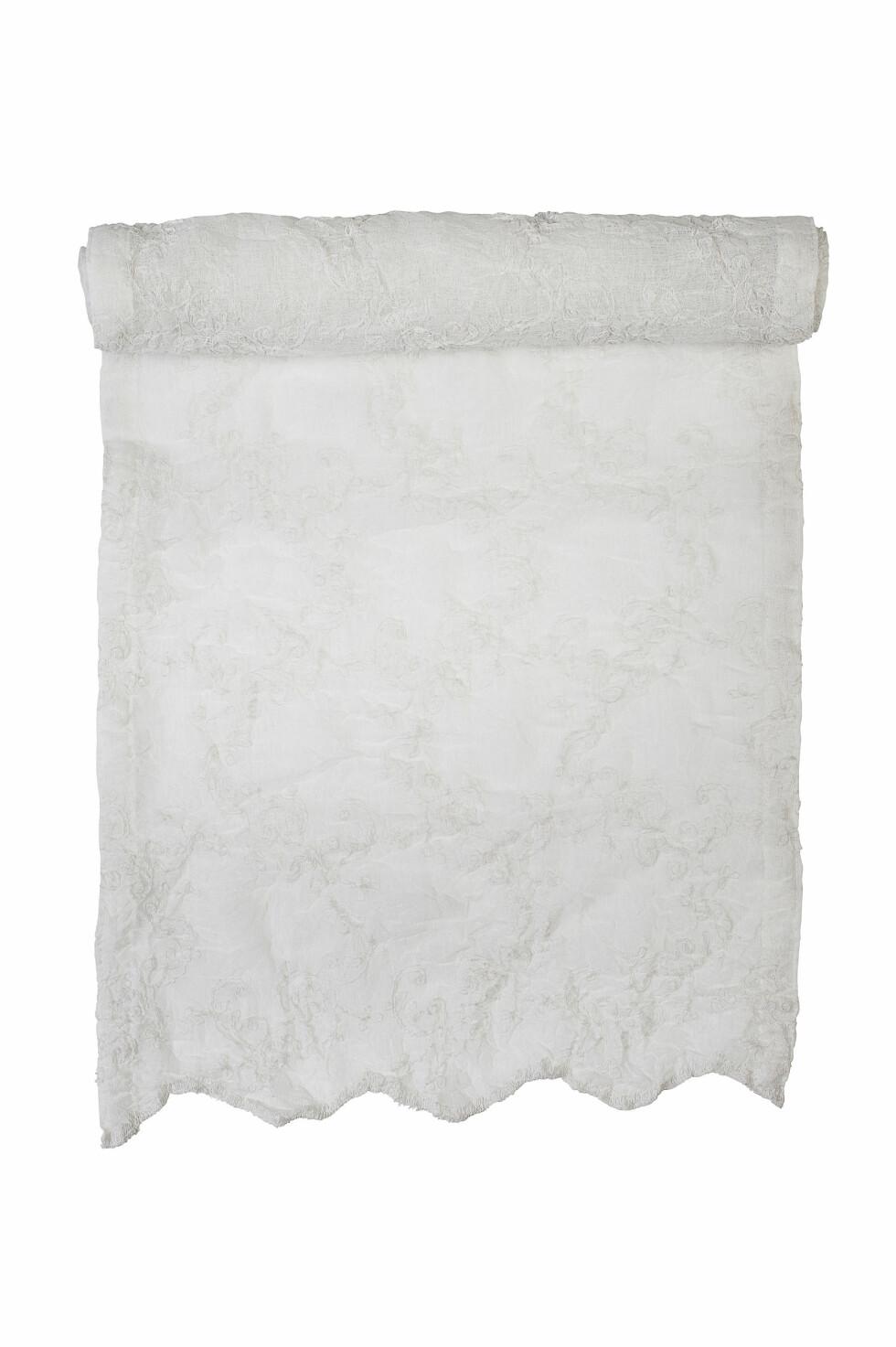 Blondeduk i polyester (kr 150, indiska.no) Foto: Produsenten