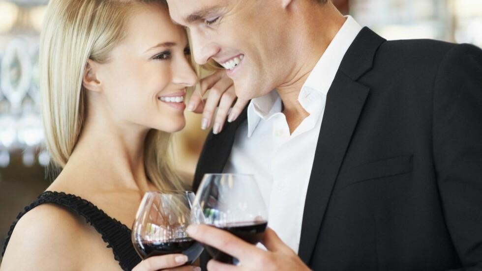 DYR DATING: Et nytt norsk firma hjelper deg som har penger og som vil slippe å lete etter en passende date. Foto: All Over Press